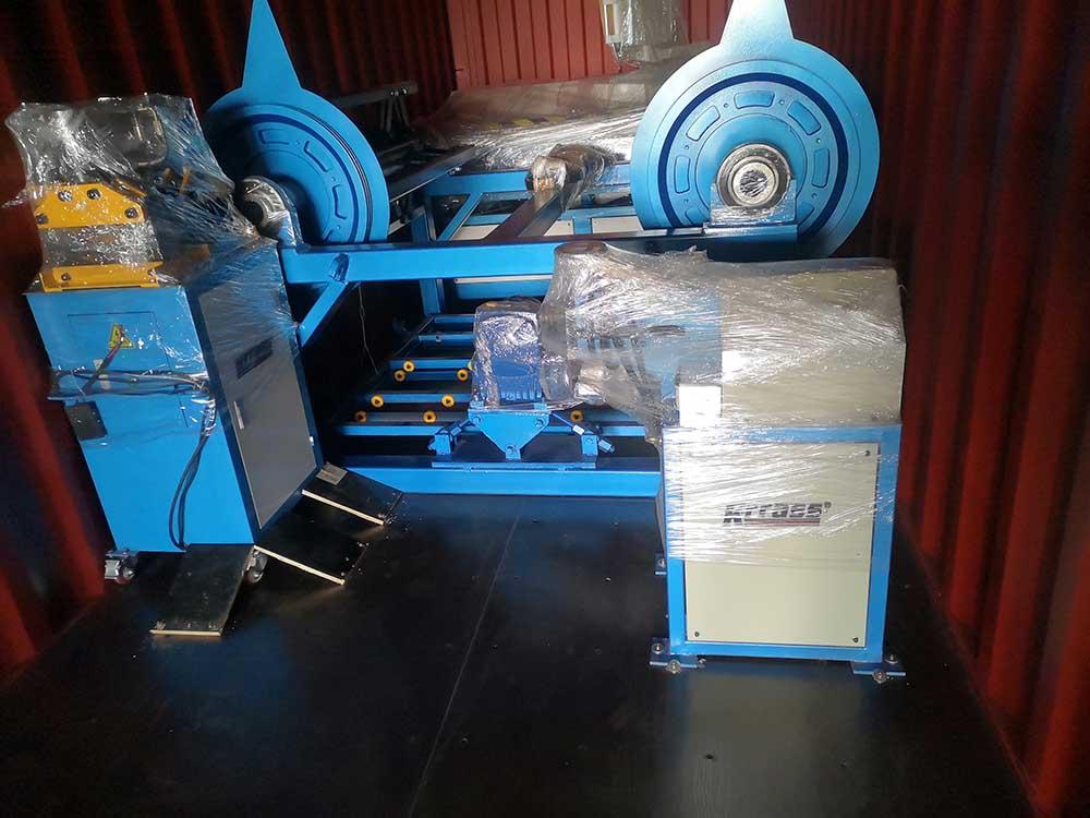 Duct machine